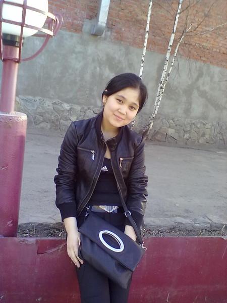 Киргизская девушка на ночь, порно кончают крупно